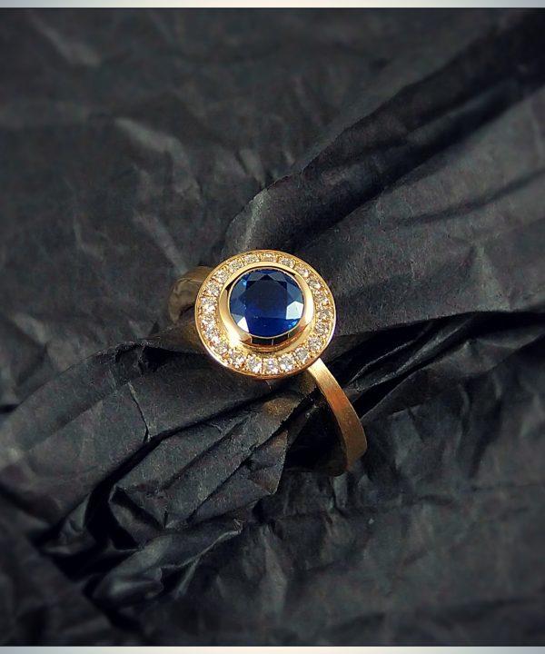 Saphir-Brillant-Ring